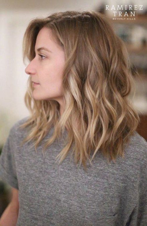 Medium Haircuts For Wavy Hair