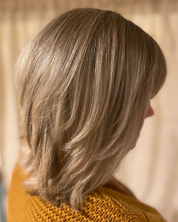 Medium Blonde Hair For Women