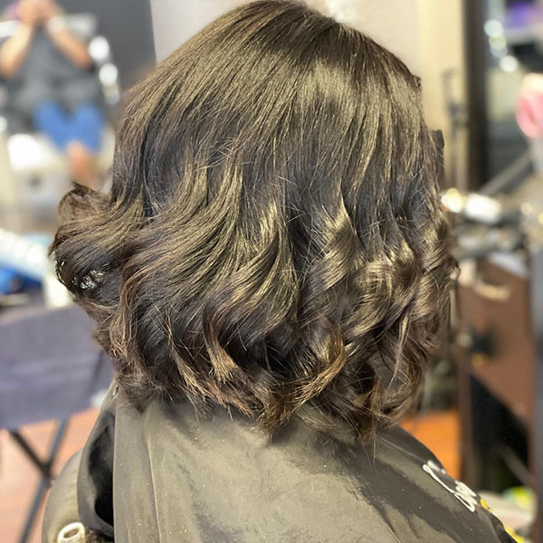 Romantic Medium Haircut Ideas