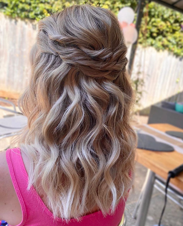 Romantic Medium Hairstyles