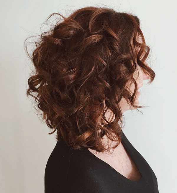 Medium Curly Hairstyles 2020