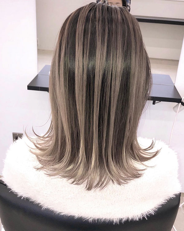 Medium Hair With Balayage