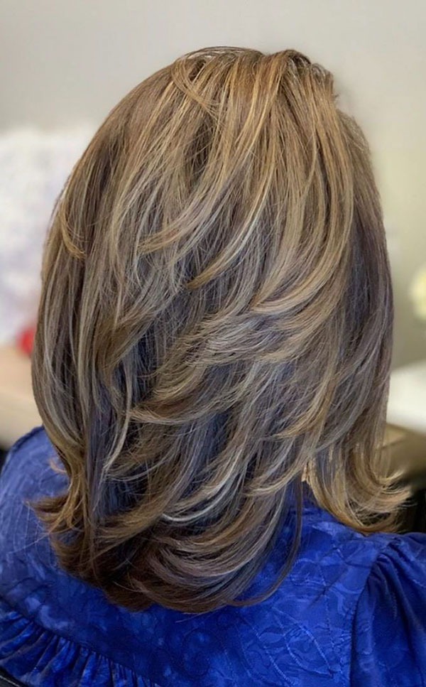 Layered Medium Hairstyles For Thick Hair